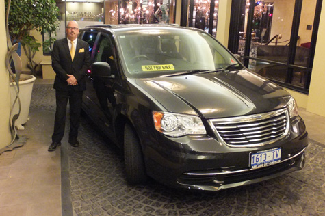 adelaide-airport-transfers-executive-door-to-door-service 3